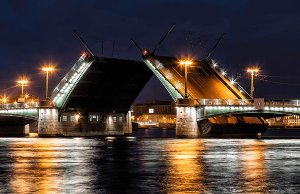 Итальянец попытался перепрыгнуть Сампсониевский мост