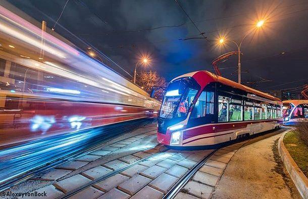 Более 20 трамваев сWi-Fi закупят вПетербурге ксентябрю