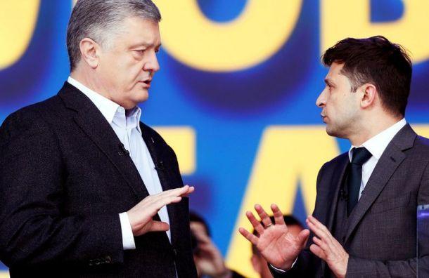 НаУкраине проходят дебаты между Порошенко иЗеленским