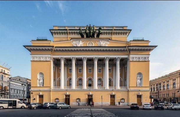 Худрук Александринки нашел плюсы вобъединении театров