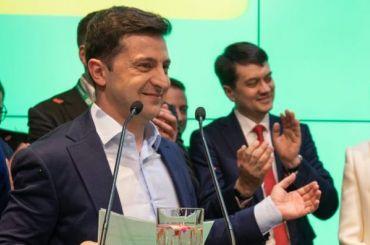 Кремль посоветовал телеканалам «ненахваливать» Зеленского
