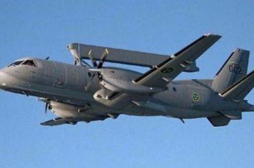 Шведский военный самолет пролетел над Петербургом