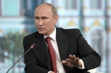 Путин: Петербург нерешит проблему «Красного Бора»