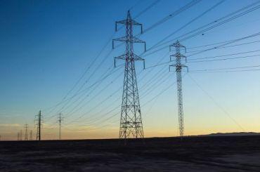Более 200км линий электропередач за5 лет построят вПетербурге