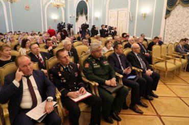 Смольный рассказал осоцподдержке ветеранов коДню Победы