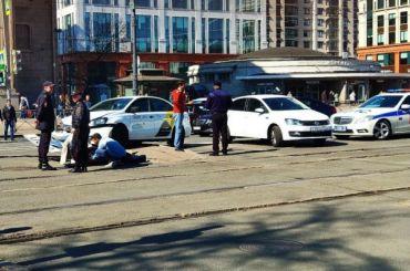 Такси сбило пешехода устанции метро «Электросила»
