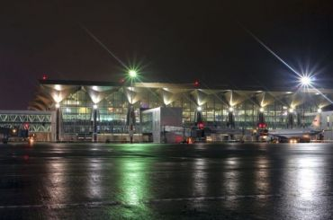 Задержаны десятки рейсов изаэропорта Пулково