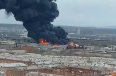 Из-за пожара назаводе Роскосмоса вКрасноярске рухнула кровля