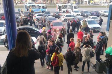 «Минер» угрожал взрывом роддомам, больницам ивокзалам вПетербурге