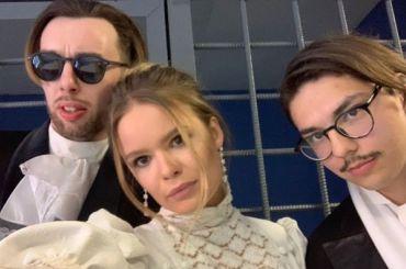 Активистку Pussy Riot задержали перед вручением «Золотой маски»