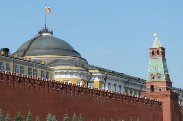 Более половины россиян выступили против закона обоскорблении власти