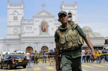 Число погибших при взрывах наШри-Ланке превысило 300