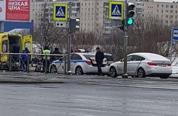 BMW сбил женщину воФрунзенском районе