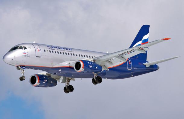 Пассажиры изУльяновска отказались лететь вМоскву наSSJ-100