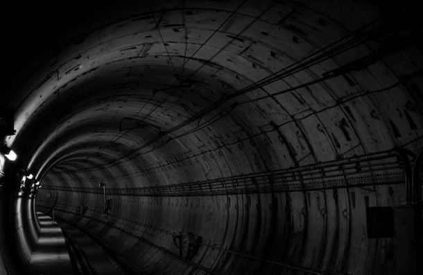 Петербургский метрополитен раскрыл тайну темных тоннелей