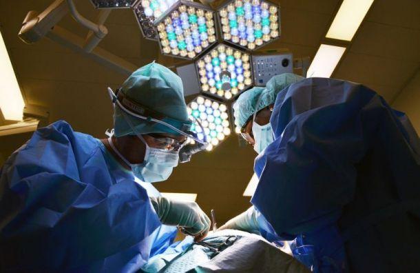 Хирурги Елизаветинской больницы провели редкую операцию