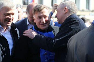 Макаров: «Зачто меня впомойное ведро?»