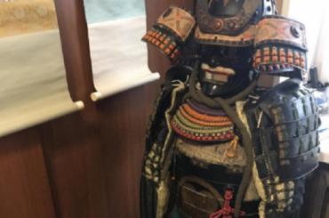 Петербурженка продает доспехи самурая за670 тысяч рублей