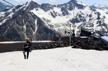 Спасатели нашли заблудившихся на Эльбрусе лыжников из Петербурга