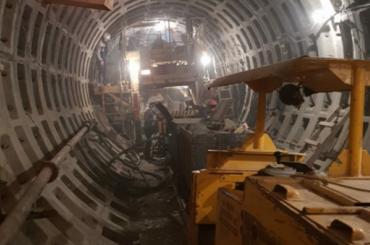 «Метрострой» начал рыть тоннель от«Театральной» к«Спасской»