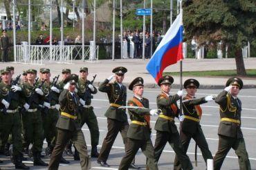 Больше половины россиян непойдут напарады вДень Победы