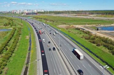Дорожники засезон обновят 140 километров КАД