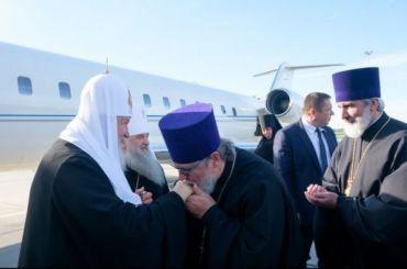 Патриарх Кирилл выступил назаседании Священного Синода вПетербурге