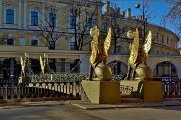Грифонов вернут наБанковский мост доконца лета