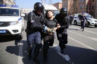 Фотокореспондента MR7 хотят наказать штрафом заПервомай