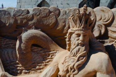 Фестиваль песчаных скульптур напляже Петропавловки открыт
