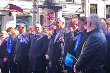 Беглов иМакаров пришли напервомайскую демонстрацию