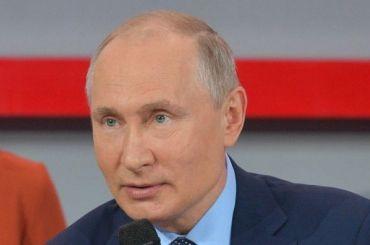 Путин остроительстве храма вЕкатеринбурге: нужно провести опрос