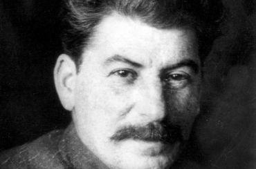 РПЦ призывает россиян неприписывать Сталину победу ввойне