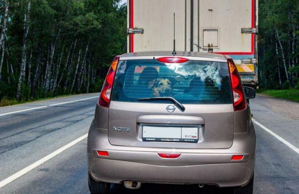 Дачники спровоцировали пробки наподъездах кПетербургу