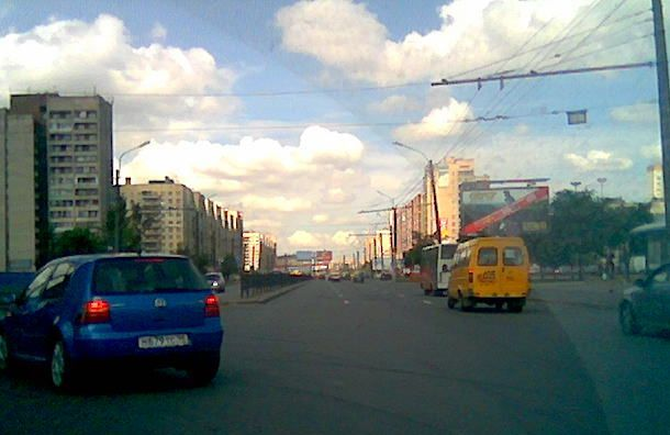 Проспект Большевиков отремонтируют за85 млн рублей