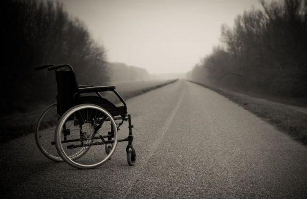 Водитель сбил ребенка-инвалида искрылся сместа ДТП