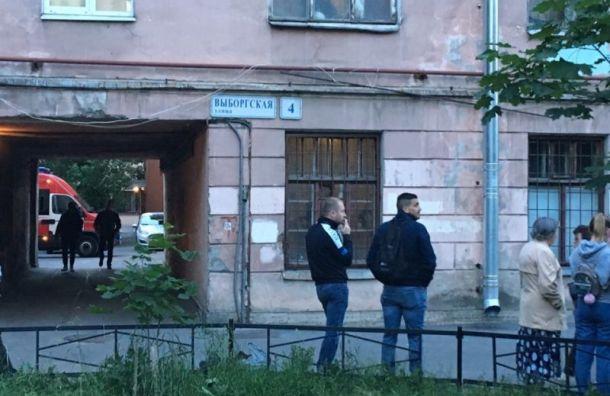 Жильцов треснувшего дома наВыборгской расселят вманевренный фонд