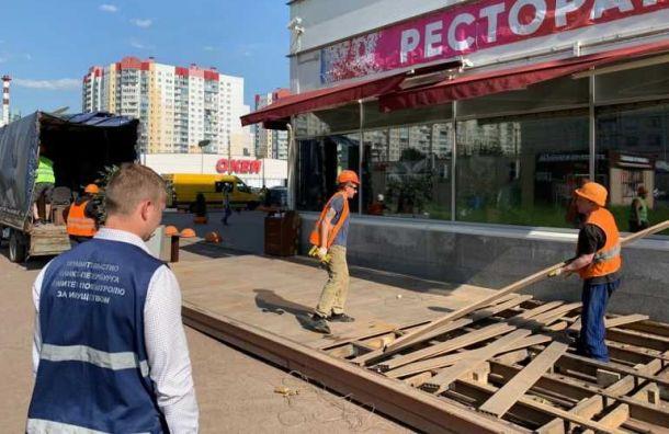 ККИ снес незаконные летние кафе врайоне Ржевки