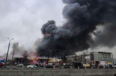 Сгоревшая «Лента» наОбводном канале откроется кконцу года