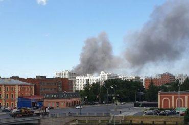 Клуб «Ионотека» загорелся наЛиговском проспекте