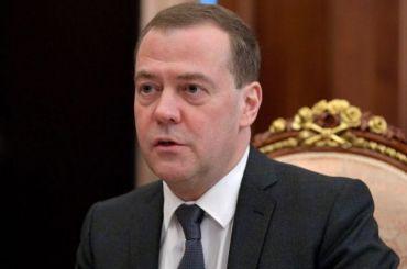 Медведев встретится сглавой правительства Китая вПетербурге