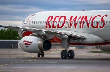 Вылет самолета изКрыма вПетербург перенесли почти нашесть часов