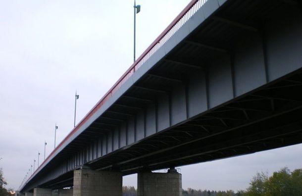 Трассу «Кола» полностью перекроют из-за разводки Ладожского моста