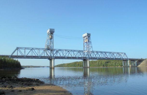 Трассу «Кола» перекроют надва часа из-за разводки моста