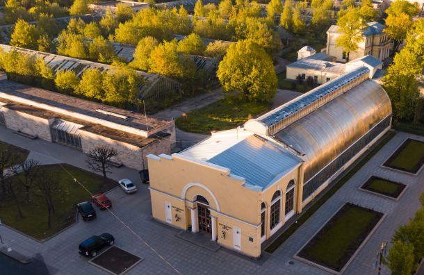 Оранжерею Таврического сада продадут более чем за49 млн рублей