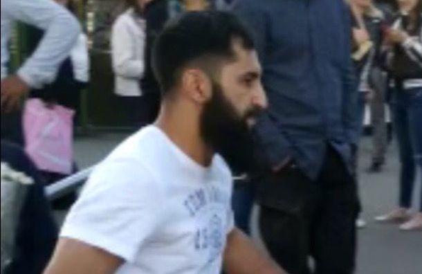 Напавший наактивистов вНевском районе мужчина сдался полиции