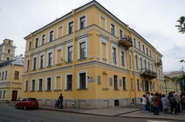 Пять объектов наследия вКронштадте могут снять сохраны КГИОП