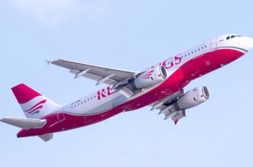 Застрявшие в Крыму петербуржцы вылетят домой на резервном самолете