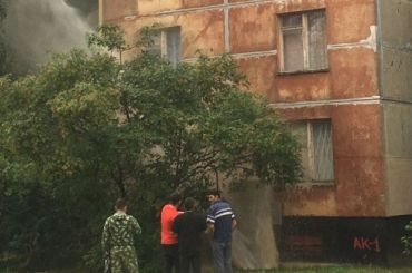 Фонтан постучался вокна дома вМосковском районе