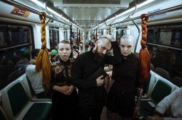 «Волосатые» поручни появились впетербургском метро